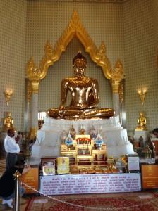 Temple of the Golden Buddha (Wat Traimit)